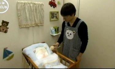 Το ρομποτικό μωρό που φτιάχτηκε για να αυξηθούν οι γεννήσεις στην Ιαπωνία!