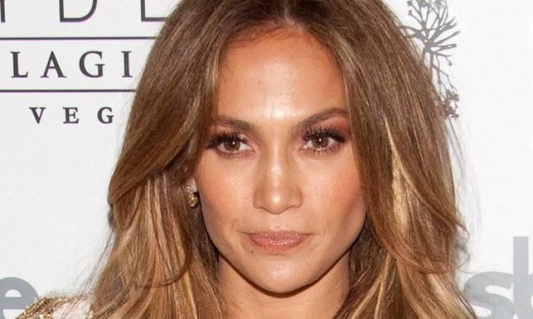 Jennifer Lopez: Αναρωτιέται γιατί ο σύντροφος της γιατί δεν βρίσκει κάποια μικρότερη!