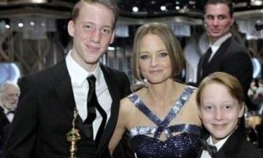 Jodie Foster: «Ήμουν στο Σύνταγμα με τα παιδιά μου όταν έριχναν δακρυγόνα»