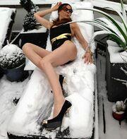 Πόζαρε σε χιονισμένη ξαπλώστρα!