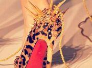 Το παπούτσι «Matrix» πασίγνωστης κυρίας!