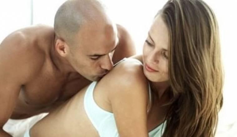 Οι πιο ενοχλητικές γυναικείες συνήθειες που μπορούν να τρελάνουν έναν άντρα!