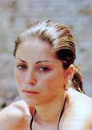 Η Έλλη Στάη σε νεαρή ηλικία και δίχως ίχνος μακιγιάζ!