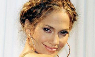 Jennifer Lopez: «Δεν έχω κάνει ποτέ μπότοξ. Το μόνο που χρειάζομαι είναι καλή ενυδάτωση και πολλές ώρες ύπνο»