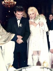 Δείτε την Πέγκυ Ζήνα καλεσμένη στον γάμο του Γιώργου Λύρα με την Καίτη Φίνου