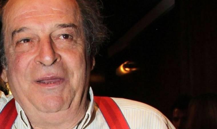 Μανούσος Μανουσάκης: «Με τρομάζει ότι πάψαμε να ονειρευόμαστε στα ελληνικά»