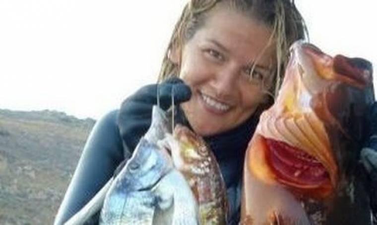 Πρώην εστεμμένη των ελληνικών καλλιστείων πιάνει ψάρια για τους άπορους
