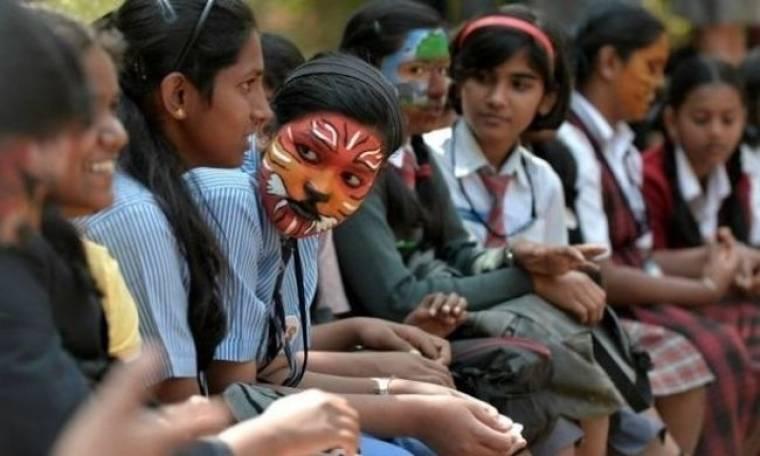 Παιδιά διαμαρτύρονται για τον αφανισμό των τίγρεων!