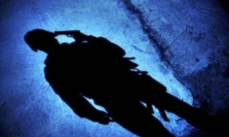 ΣΟΚ: Λοχίας αυτοκτόνησε μπροστά στα μάτια της μητέρας του