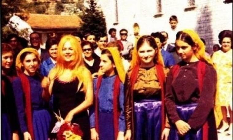 Ντοκουμέντο: Δείτε το τάμα της Αλίκης όταν έγινε μάνα. Τι χάρισε σε μοναστήρι;