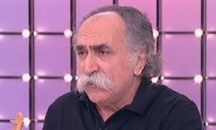 Ποιος έβαλε τον Αγάθωνα να κόψει το μουστάκι του;