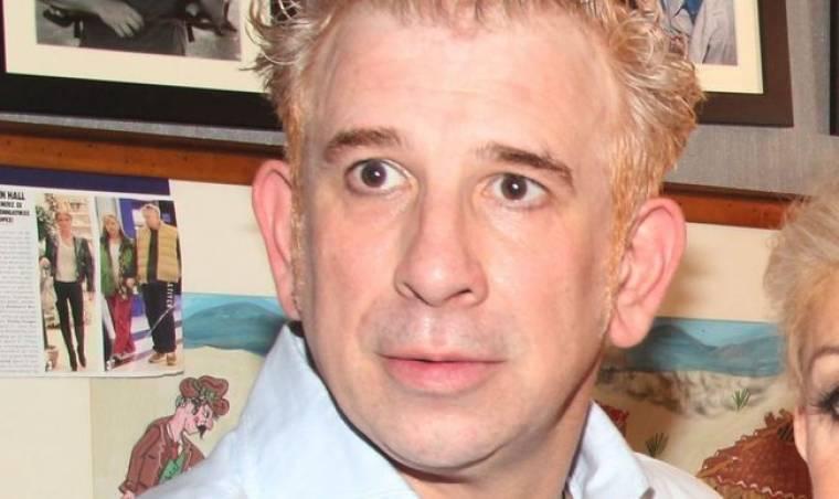 Πέτρος Φιλιππίδης: «Δυστυχώς έχω προδοθεί αλλά δεν μπορώ να κάνω αλλιώς»