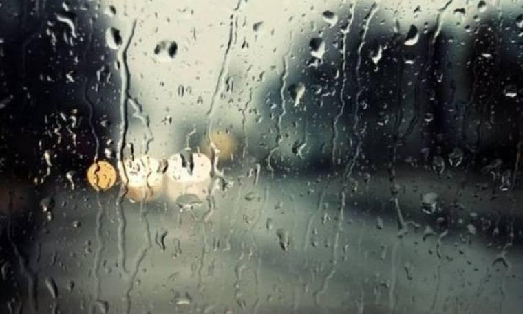 Χαλάει ο καιρός: Έρχονται βροχές και χιόνια – Πέφτει η θερμοκρασία