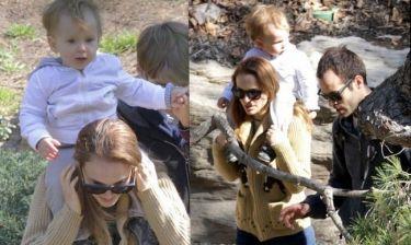 Natalie Portman-Benjamin Millepied: Βόλτα με τον γιο τους Aleph! (φωτό)
