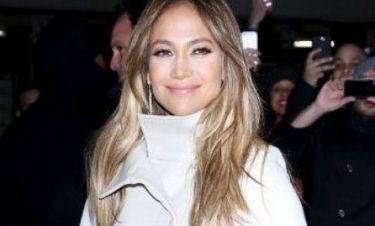Απελπισμένη J.Lo: Ποιο αστρονομικό ποσό ξοδεύει για να παραμένει αρυτίδωτη δίπλα στον Casper;