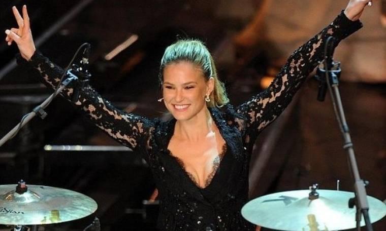 Bar Rafaeli: Έπαιξε  drums και εντυπωσίασε τους Ιταλούς