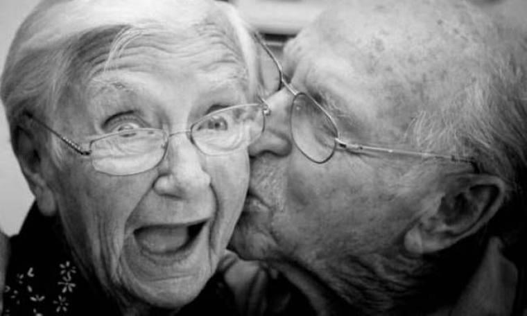 15 φωτογραφίες που θα σας κάνουν να πιστέψετε στον παντοτινό έρωτα