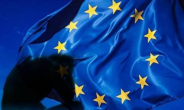 Θλιβερή πρωτιά ύφεσης για την Ελλάδα το 2012