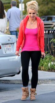 Britney Spears: Για καφέ με τους φίλους της (φωτό)