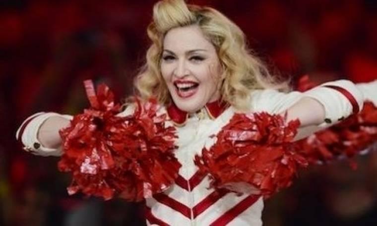 Τι συμβαίνει κάθε φορά που η Madonna πηγαίνει στο κομμωτήριο;