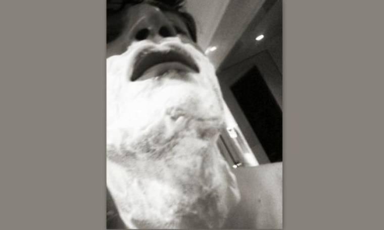 Ξυρίζοντας τον… Σάκη!