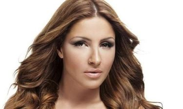 Έλενα Παπαρίζου: «Είναι μεγάλη μου τιμή που θα τραγουδήσω με  την Βίκυ Λέανδρος στον ελληνικό τελικό της Eurovision»