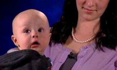 Μωρό επέζησε από αεροπορικό ατύχημα επειδή ήταν στην αγκαλιά του μπαμπά του!