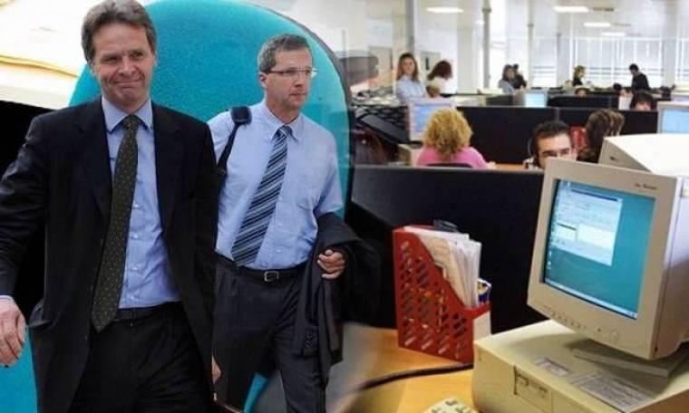 Απολύσεις 10.000 δημοσίων υπαλλήλων απαιτεί η Τρόικα ως το καλοκαίρι