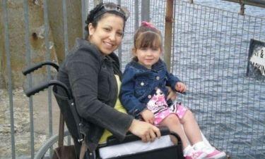 Η συγκινητική ιστορία της μητέρας που έμαθε να ξαναπερπατά την ίδια περίοδο με την κόρη της!