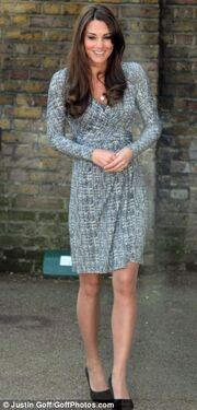 Νέες φωτογραφίες της εγκυμονούσας Kate Middleton!