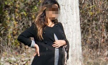 Φουσκώνει η κοιλίτσα της αδερφής πασίγνωστης ηθοποιού που έμεινε έγκυος από δωρητή σπέρματος!