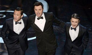 Οσκαρ 2013: O... Χάρι Πότερ τραγούδησε στα Oscars!