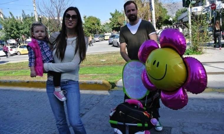 Πήρε τις γυναίκες του και το τεράστιο μπαλόνι του και βγήκαν βόλτα!