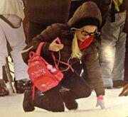 Ελένη Μενεγάκη: Η... τούμπα της στα χιόνια