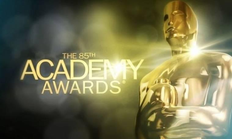 Ποιον γνωστό ηθοποιό απεικονίζει το χρυσό αγαλματίδιο των βραβείων Όσκαρ;