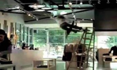 Βίντεο: Τα πιο επίπονα και ξεκαρδιστικά ατυχήματα με σκάλα