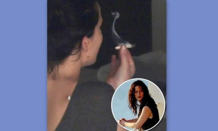 Η Jennifer Lawrence καπνίζει μαριχουάνα;