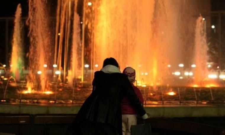 Όλγα Λαφαζάνη: Βόλτα με την κόρη της