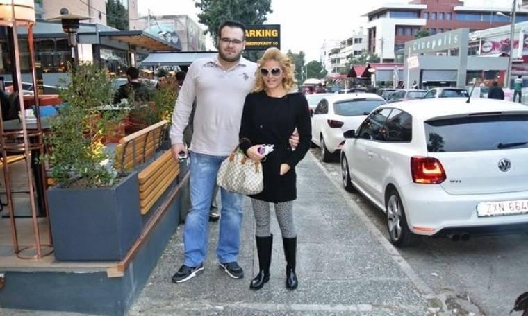 Βόλτα στην Γλυφάδα για την Άννα Φλωρινιώτη!