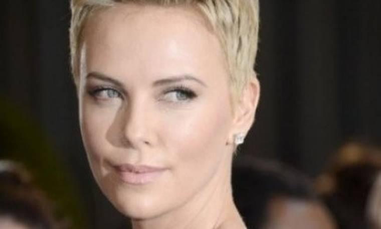 Nέος έρωτας στο Hollywood: Με ποιον λέγεται ότι βγαίνει η Charlize Theron;