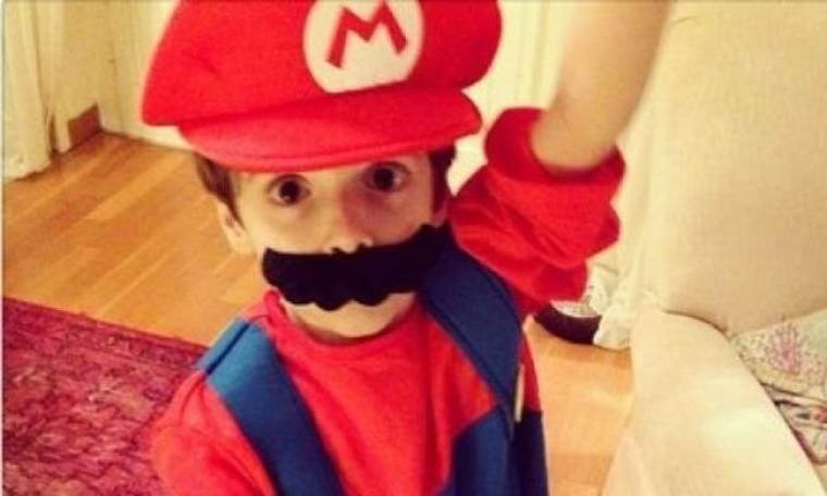 Ποια έντυσε το παιδί της Super Mario;