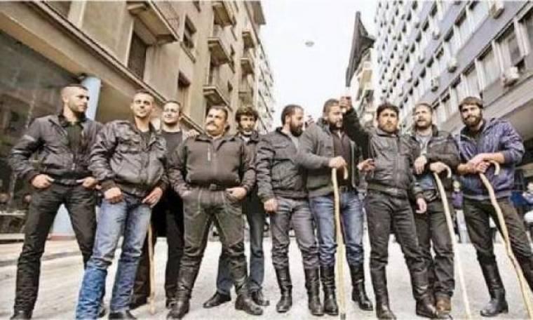 Απίστευτη φωτό: Η απόβαση των Κρητικών στην Αθήνα