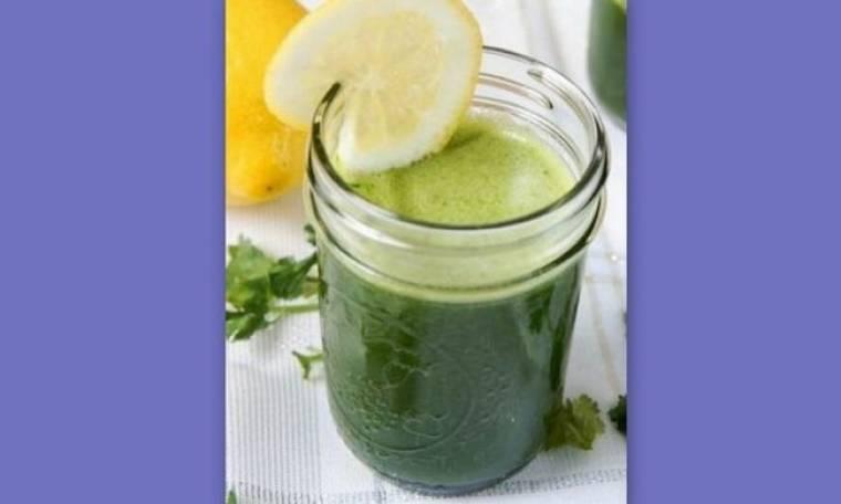 Ο τέλειος πράσινος χυμός: Η απόλυτη συνταγή αποτοξίνωσης, μετά την Τσικνοπέμπτη