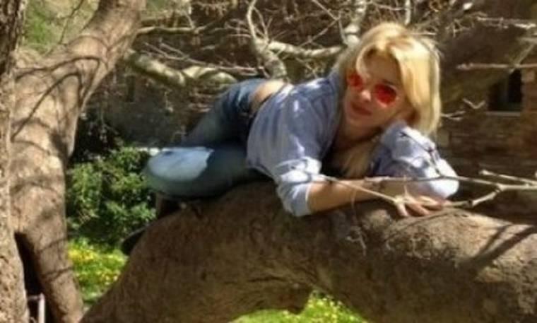 Γιατί «αυτοκυνηγιέται» η Ελένη Μενεγάκη;