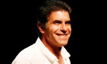 Γιάννης Μπέζος: Αποσύρει το ενδιαφέρον του για τη θέση καλλιτεχνικού διευθυντή του Εθνικού Θεάτρου