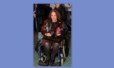 Η Μαίρη Χρονοπούλου σε αναπηρικό καροτσάκι