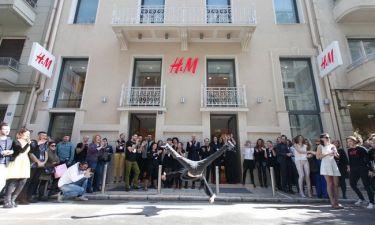 H&M: Μόδα, μουσική και χορός στο Κολωνάκι