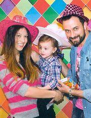 Λιανός – Ανδροτσάκη: Σε αποκριάτικο πάρτι με την κόρη τους!