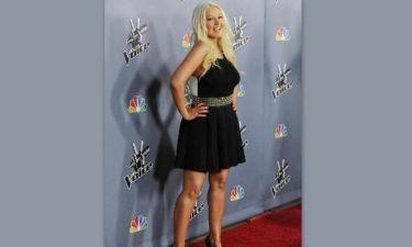 Η Christina Aguilera... ξεφούσκωσε: Δείτε τη star με πολύ λιγότερα κιλά!