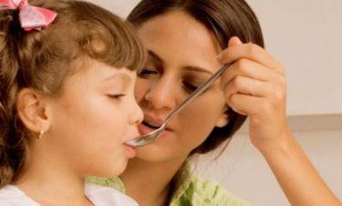 Τι πρέπει να κάνετε όταν το παιδί αρνείται να πάρει το φάρμακο του;